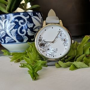 2/$25🌺LOFT NWOT Watch with Floral Pattern